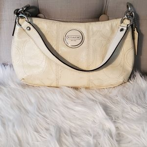 COACH CREAM VINTAGE HOBO  BAG